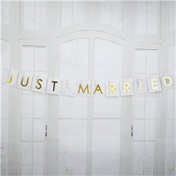 "Graviertes Marmor - ""Just Married"" Autogirlande 1m"